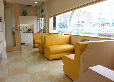 中央通り歯科・待合室