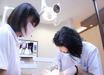 空港口24時間歯科・小児歯科医院 江戸川分院 治療風景