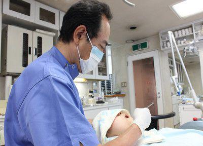 清水歯科医院の治療風景