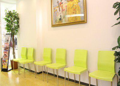 湘南石川歯科クリニック 待合室