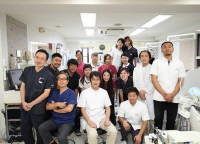 医療法人社団 LIVE WELL 長栄歯科クリニック 集合写真