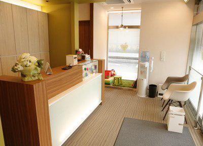 たかなし医院 待合室