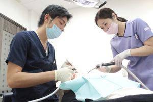 あらかわ歯科医院 治療中