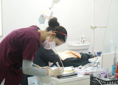 上新井歯科 診療風景