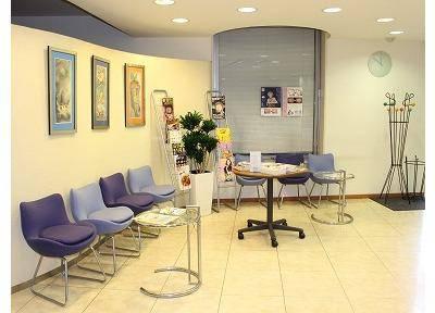 21デンタルクリニック 待合室