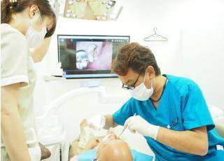 氷川台歯科クリニック 治療風景