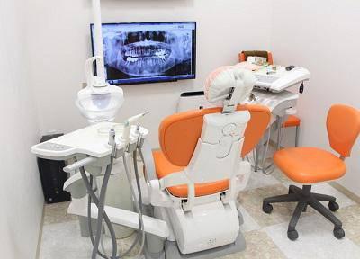 みなとみらいオレンジ歯科_診療台