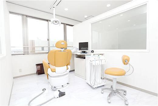 鶴見歯科医院 診療台