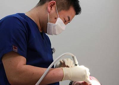 エール歯科クリニック_治療風景
