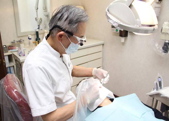 岡村歯科医院 治療風景