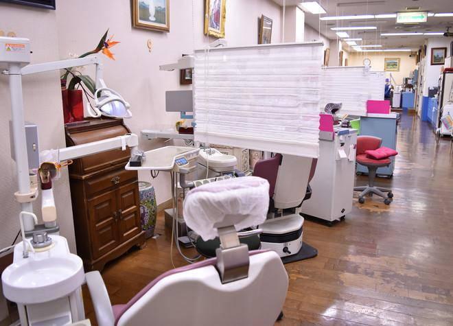 タカハシ歯科 診療台
