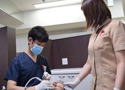 御影歯科クリニック_治療風景