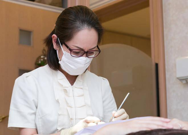 絹子歯科クリニック. 治療風景