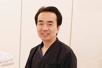 横須賀歯科医院 院長