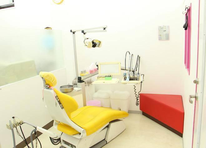 小岩歯科医院 診療台