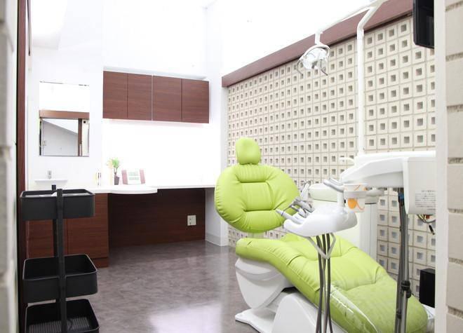 やまのて歯科 診療台